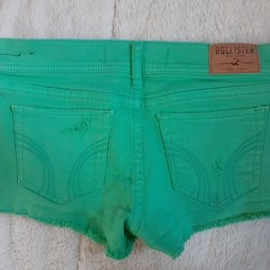 Hollister Shorts beautiful color